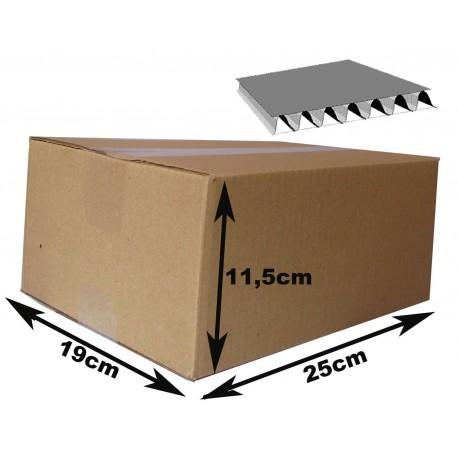 25x19x11,5 cm. Cajas de cartón canal simple.