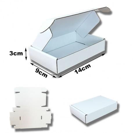 14x9x3cm. Cajas postales Automontables Microcanal Kraft blanco interior y exterior.
