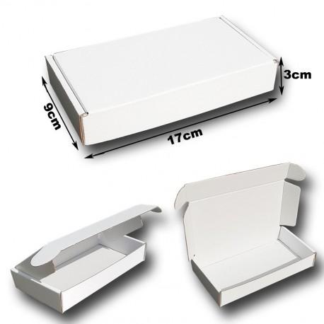 17x9x3cm.Cajas Postales automontables Microcartón. Color BLANCO interior y exterior..